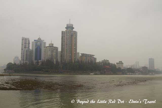 Looking back at Leshan city. Nothing much to it actually.