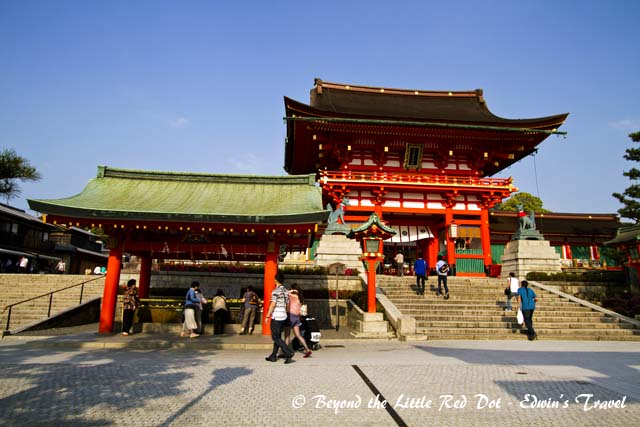 Fushimi Inari shrine is dedicated to the god of rice and sake, and it's one of the most well known shrines in Kyoto.