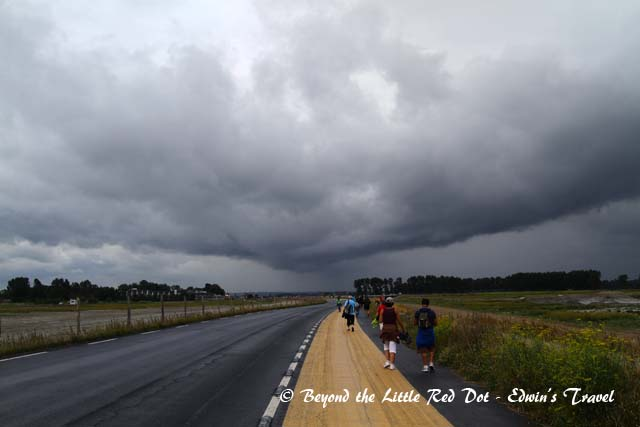 Halfway, the storm clouds were gathering and blowing towards us from behind.