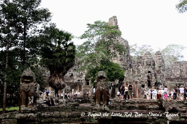 We visited Bayon Temple first which is in the center of the ancient city of Angkor Thom.