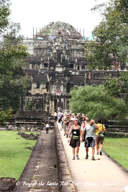 Another of a couple of smaller temples near Bayon which I can't remember the name.