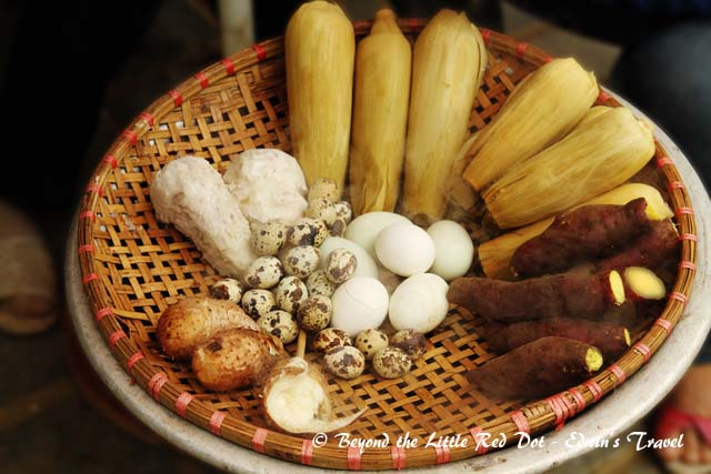 If you didn't want to eat at the restaurant, you had to settle for simple village food sold by the wayside.