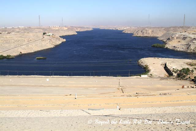 We passed by Aswan High dam. This is the view of the lower valley.