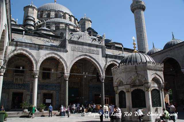 Many tourists and locals take refuge in the mosque from the crowds in the bazaar.