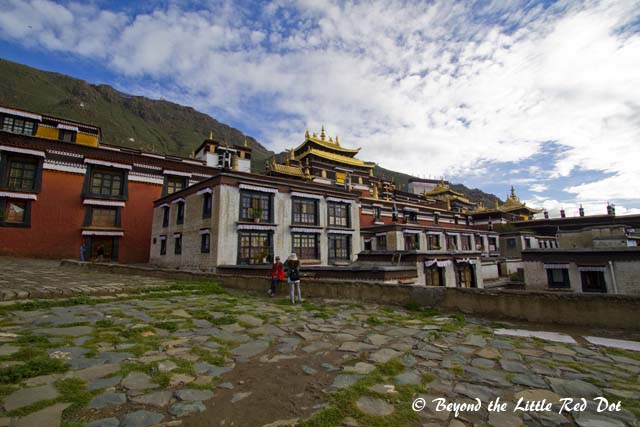 The monastery is located on the hillside near to Shigatse.