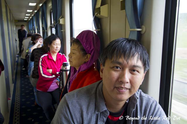 The 2 Chinese ladies behind me got altitude sickness and had to use the oxygen breathing tubes. They did feel better after breathing through it for a while.