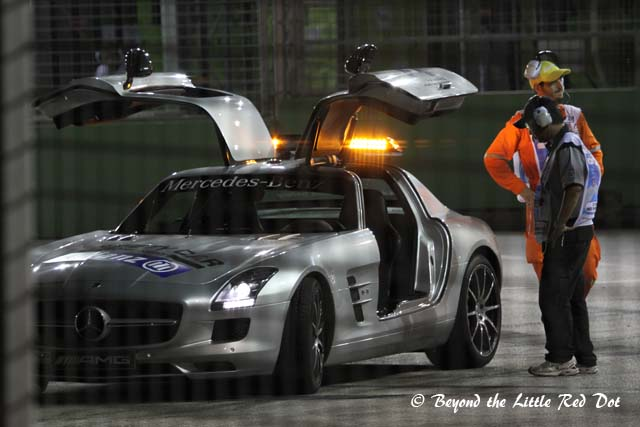 The safety car going round to inspect the track before the first qualifying round starts.