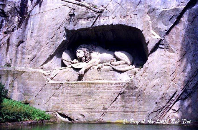 The other famous sight in Lucerne is the Dying Lion statue in a small park. It commemorates the massacred of hundreds of Swiss Guards during the French Revolution in 1792.