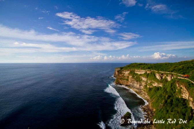 The spectacular and imposing cliffs of Uluwatu.
