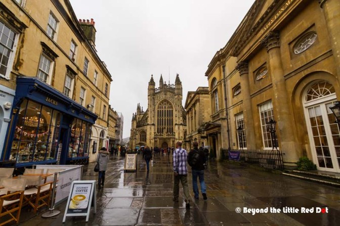 The Bath Abbey and the main street where the shops and restaurants are.