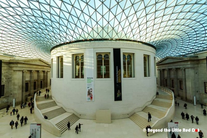 Once you enter, you are greeted by the modern looking Great Court. From this central location, you can visit the various galleries.