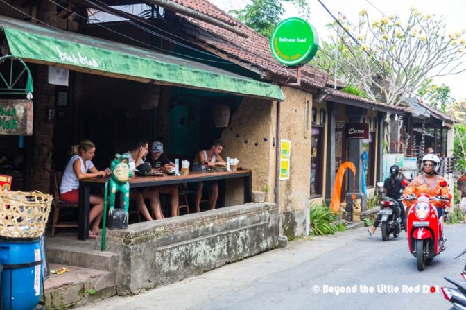 Tourists hangout at a local warung for lunch.